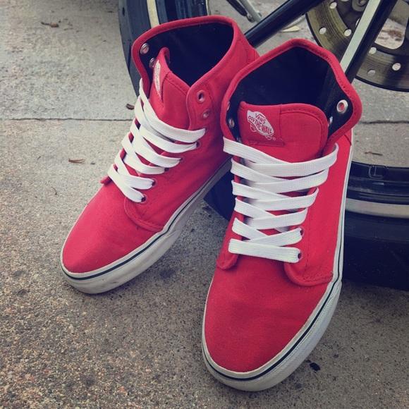 b2940b155e VANS  106 Hi  classic red high tops. M 5b12e4e99539f7d1410c36c1